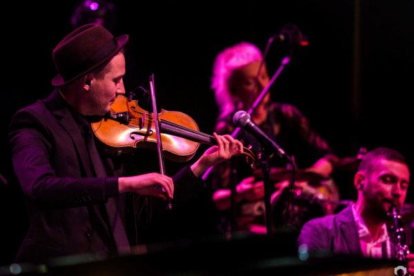 KAYAH & TRANSORIENTAL ORCHESTRA fot. Joanna Leja fotografia koncertowa
